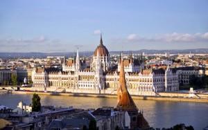 Budapeste-Parlamento-Binasi