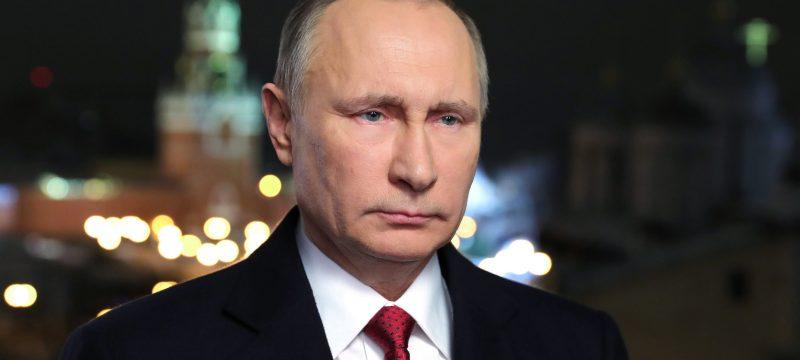 Russian President Vladimir Putin makes his New Year's address to the nation in Moscow's Kremlin, December 31, 2016. / AFP / Sputnik / Mikhail KLIMENTIEV        (Photo credit should read MIKHAIL KLIMENTIEV/AFP/Getty Images)